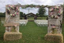 Il matrimonio rustico-country / Rustic- country wedding decor / Come allestire un matrimonio in stile rustico- country/ How to style a rustic -country wedding