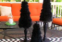 Hallowmas Tree Ideas / Halloween themed Christmas Trees