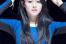 KPOP girls ♡fangirling♡