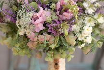 Wedding Flowers / A compilation of inspirations to create your perfect bouquet.  *PLUS notes on what flowers look great preserved*