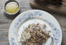 Healthy breakfast oats & porridge