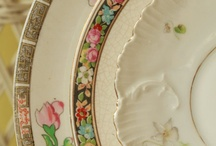 Mismatched Plates for Shabby Chic Wedding