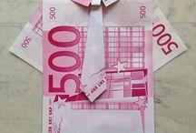 money's window boutique isaia / money money..the miracle of San Gennaro