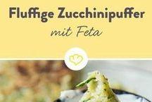 Zucchini mit Feta und Tzaziki