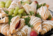 Bakery Platters / Bakery Platters available at Super 1 Foods.