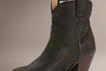 Shoes / by Kassandra Linn