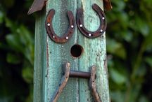 Horseshoe crafts  & ideas / by Cheryl Engstrom