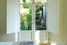 Tu mundo a través de la ventana | Ventanas de Madera / Conely te ofrece una gran variedad de tipos de #ventanas con la mejor calidad, ventanas de todos los estilos: contemporáneas, vintage, coloniales en madera con los mejores acabados.