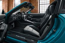 Porsche 911 Targa 4 GTS Miami Blue / Porsche Exclusive Manufaktur hace más especial todavía modelos tan espectaculares como el Porsche 911 Targa 4 GTS.