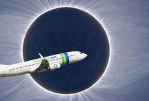 Eclipse mars 2015 / Observez l'éclipse totale du soleil en plein vol au dessus des nuages ! Plus d'infos : http://www.terre-escales.com/voyages-themes-mag/blog-voyages/eclipse-mars-2015.html
