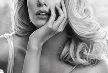 ACTRESS - CHARLIZE THERON