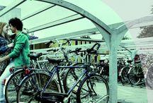 Service / Ontvang gratis de whitepaper over fietsparkeren:  over aandachtspunten waar je op moet letten bij het aanschaffen van een fietsparkeervoorziening!