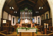 Church Floral Inspiration / Floral inspiration for your church wedding designed by Minneapolis wedding florist Artemisia Studios. Altar floral, pew floral, and more!