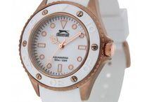 Bayan saatleri / gumus-satis.com , internet üzerinden güvenli alışveriş yapmanın zevkli yoludur. Gümüş takı satışı, saat satışı, tesbih satışı yapıyoruz. Ve tabi ki markalı bayan saatleri satıyoruz. Tüm saatlerimiz 2 yıl garantilidir. Markalarımız:  Jaga bayan saatleri Slazenger bayan saatleri Daniel Klein bayan saatleri Birçok renk ve model seçeneğiyle bayan saatleri kategorimizi gezebilirsiniz. Kolay link: http://www.gumus-satis.com/online-saat-satışı/bayan-saat