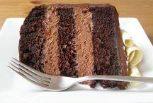 Vegan Chocolate Desserts / Sweet (mostly) chocolate treats that are 100% vegan.