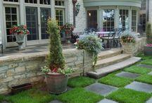 Garden design and flowers / Formal Gardens