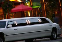 Toronto Limo / Toronto Limo services including wedding limos, prom limousines, bachelor limos and much more!