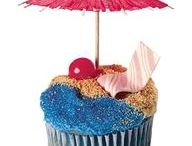 Cupcakes / by Candy Brousseau