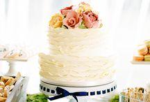 Wedding Cakes / by Tiffany Whitehurst