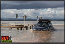Volvo XC70 Off road in watter. France. SUV-34: Randonnée en famille.