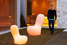 VONDOM : Новые коллекции мебели Ulm и Sabinas / Новинки дизайнерской мебели и светильников испанской компании VONDOM, экспонировавшиеся на международной выставке Salone del Mobile в Милане, представлены в каталоге News Milano 2016