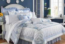 Laura Ashley Bedding / Shop Laura Ashley bedding at Beddingstyle.com. Laura Ashley's bedding and towels are known for their high quality as well as their iconic designs.