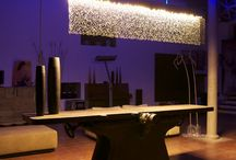 MeLeds (Metal LED), since 2012 / Spectacular lighting systems based on the integration of finely etched, large format stainless steel plates and LED technology. Suitable for reception areas, meeting rooms, hotel halls, etc. Lengths from 150 to 250 cm x 50 cm height x 10 cm depth.