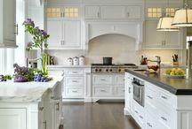 Home Decor & Design Inspiration / by Karen Mauro