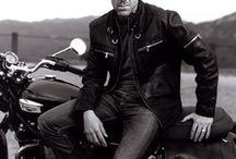 Hugh Laurie :3
