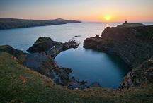 Pembrokeshire Coast Walks / Ideas and images of beautiful Pembrokeshire Coastal walks from the site and surrounding areas