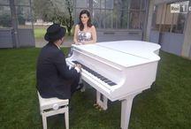 """Laura Pausini e Giuliano Sangiorgi in """"Non solo nuvole"""""""