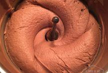 Chocolate relleno tartas