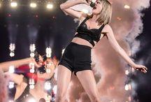 Taylor 1989 tour :)