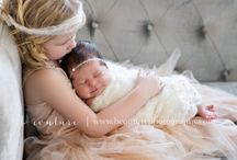 NEWBORN SIBLING POSES {B Couture Photography} / Newborn baby + big brother/big sister pose inspiration from B Couture Photography.  A little peak of some of my favorite photos!