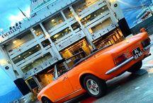 The vintage car