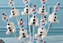 Winter Theme / Candy ideas to make the winter more bearable #candy #winter #candyideas