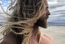 Sexy beasts / I'm personally attracted to men with medium or long length hair!