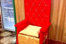 Easy thrones for theatre prop
