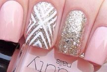 Nails / The art nails or a pretty nail for try to nail on your own! I will try it at home and you can to!