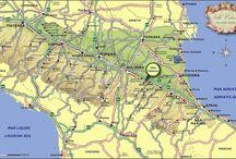 DOZZA - ITALY  ⚜  Borgo Medievale raro / Una gita che offre tranquillitá, interesse, ottima cucina, un'enoteca regionale, il tutto nelle colline splendide di Dozza Imolese, regione Emilia Romagna...