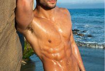 парень пляж