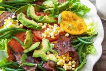 Paleo Salads / Paleo salad recipes! Mostly gluten free. Pinned by Loveleaf Co.