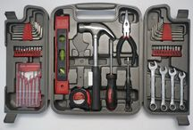 Apollo of Klagenfurt / 59 piece kit of tools in grey plastic box. The kit includes a kit of metrical allen keys, pliers, hammer, metrical tape-measure, scissors, blades, screwdrivers with interchangable heads and a mechanic screwdriver set. The tools of the kit meet European standars. The tools are made of chrome-vanadium alloy and stainless steel.