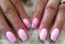 nails layo