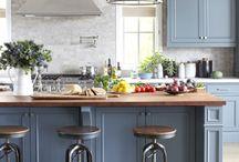 kitchen / by Corinne Gavigan