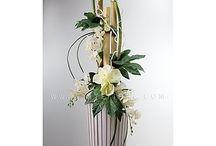 Composizione di fiori in tessuto