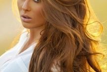 Hair && Make-Up / by Casey Martin
