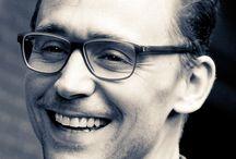 """Amazing & Awesome Thomas """"Tom"""" Hiddleston"""