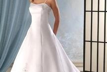 Wedding... not like its gonna happen any time soon (Caitlin) / by Heidi & Caitlin