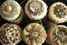 <3 vintage upcycle and goodies to upcycle<3 / by Anna Bishop